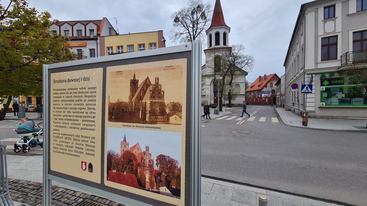 na zdjęciu: tablica z wystawy Brodnica dawniej i dziś