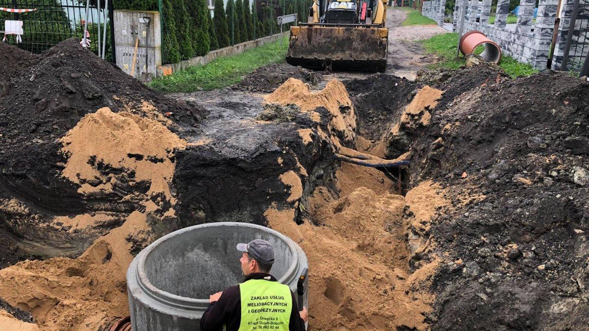 Na zdjęciu budowa kanalizacji deszczowej w ul. Południowej