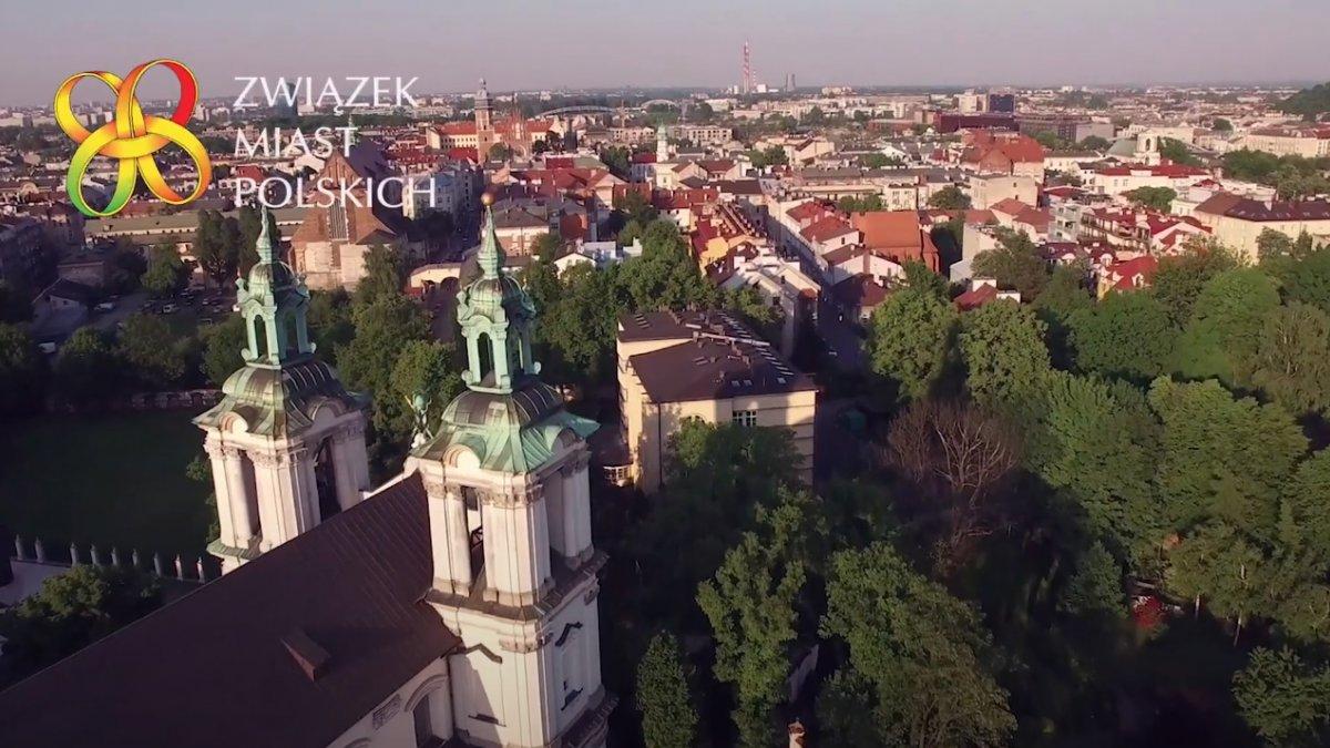 Związek Miast Polskich przedstawia prawdziwą sytuację samorządów
