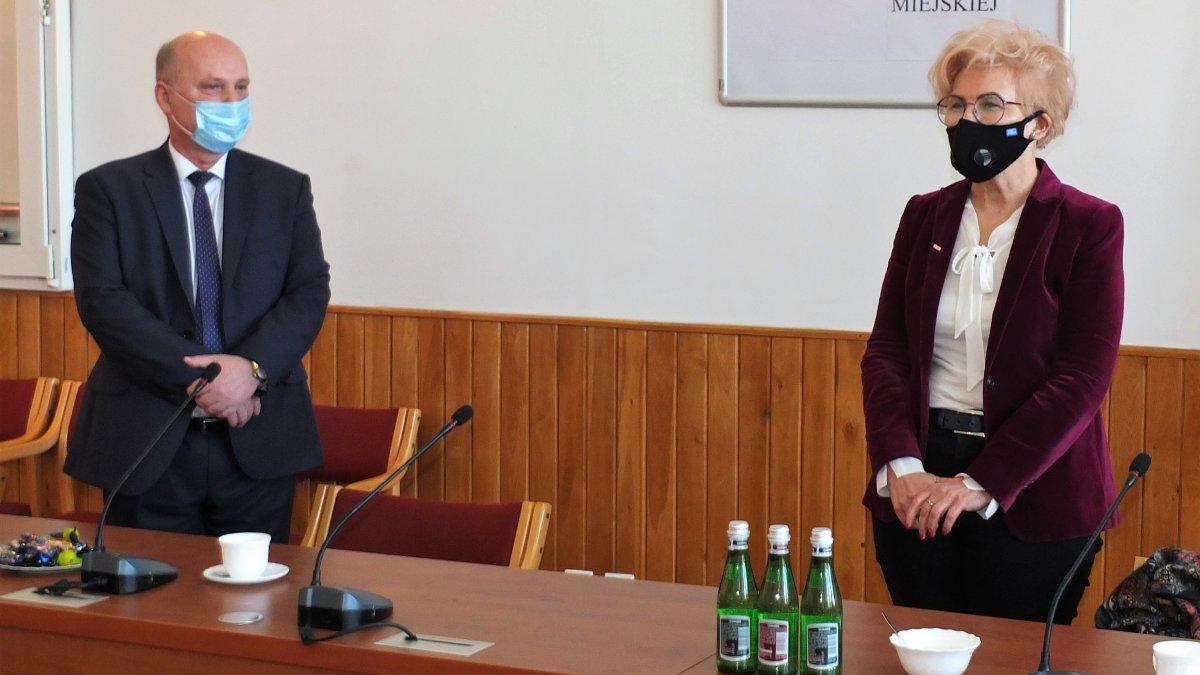 Na zdjęciu Burmistrz Brodnicy Jarosław Radacz i Minister Iwona Michałek