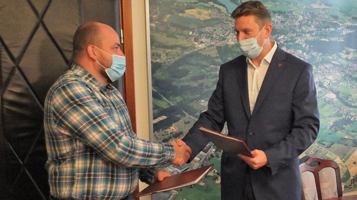 Umowa na przebudowę ul. Świerkowej podpisana